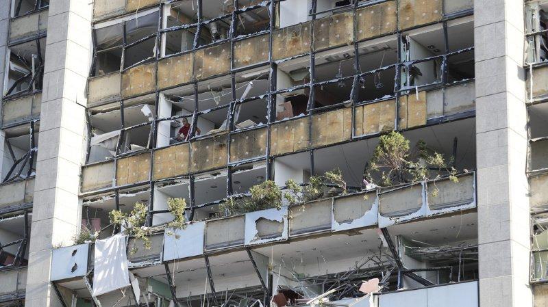 Liban: le verre pulvérisé par l'explosion recyclé en carafes et bocaux