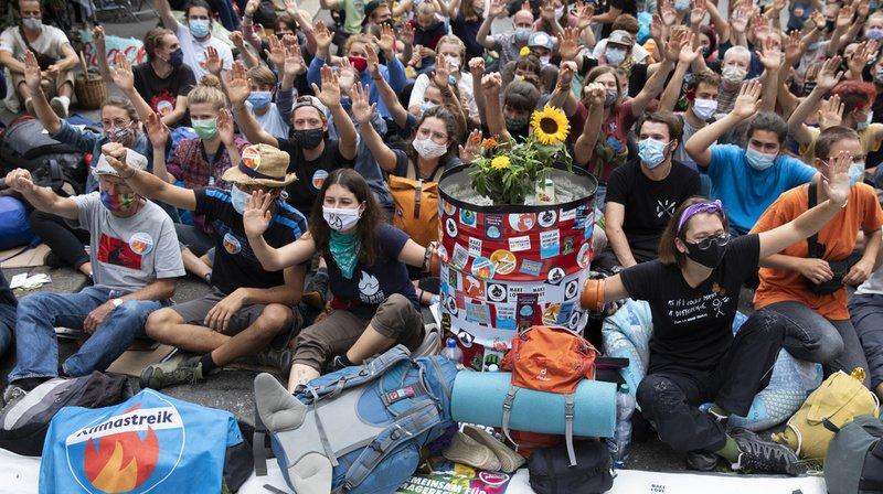 Climat: les militants de la Place fédérale ont ignoré le 2e ultimatum de la ville de Berne