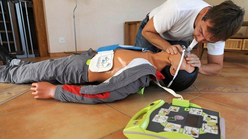Santé: la Croix-Rouge suisse veut stimuler la maîtrise des premiers secours