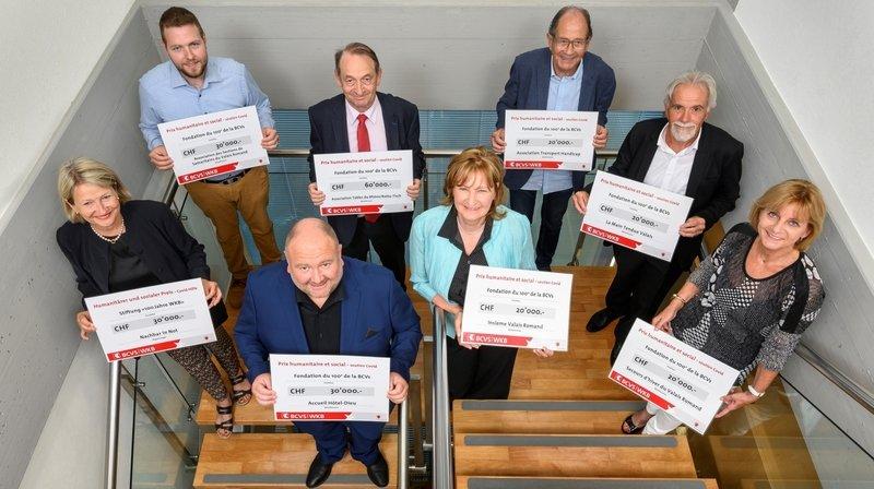 Les lauréats du prix de la Fondation du 100e de la BCVs, récompensés pour leur engagement lors de la crise du coronavirus.