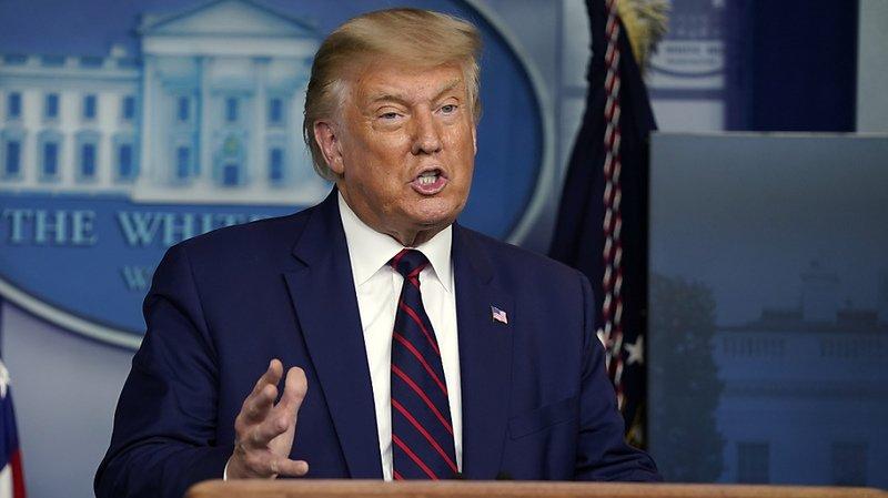"""Selon Donald Trump, les formations contre le racisme dispensées dans l'administration sont de la """"propagande clivante et anti-américaine"""" (archives)."""
