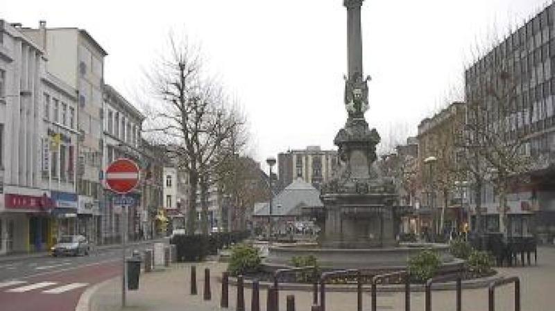 Le coffret a été retrouvé dans la fontaine érigée en l'honneur de Pierre David.
