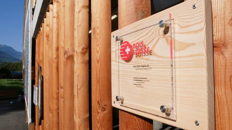 Sion: le parking couvert de l'hôpital de Sion reçoit le «Label Bois Suisse»