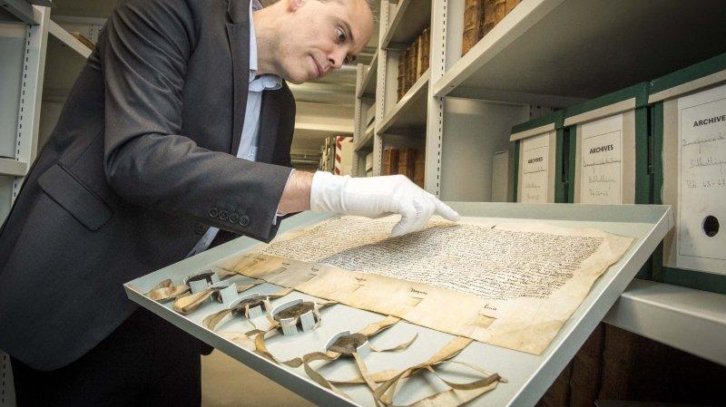L'archiviste cantonal Alain Dubois se réjouit se présenter des pièces exceptionnelles aux Valaisans et aux touristes de passage (archives).
