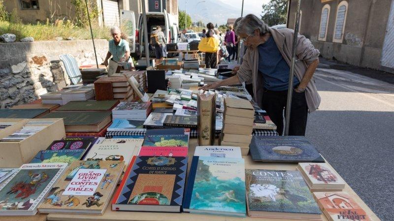 Saint-Pierre-de-Clages: le marché du Village suisse du livre trouve son public