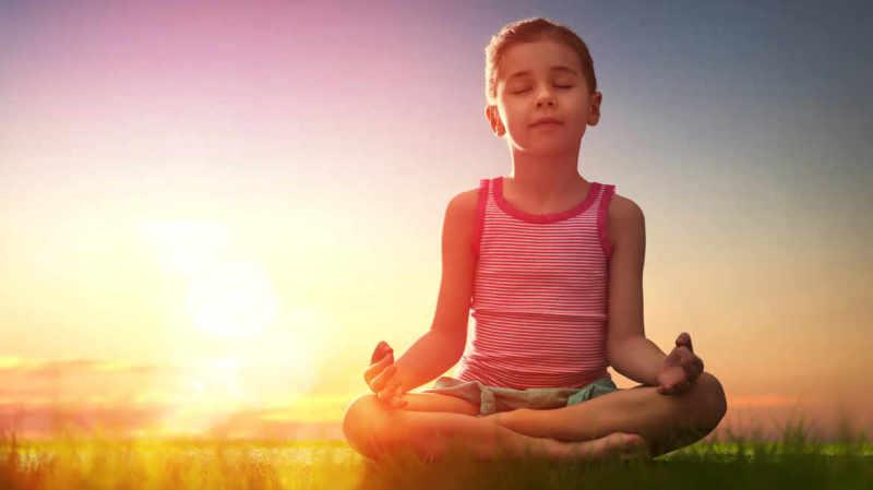 La méditation pour prévenir le stress et l'anxiété des enfants et ados
