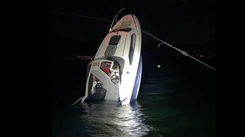 Accident de bateau près du port d'Estavayer-le-Lac, sur le lac de Neuchâtel