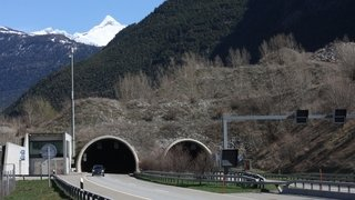 Plusieurs fermetures prévues de l'autoroute dans le Haut-Valais