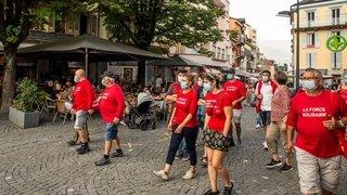 Des militants socialistes de Monthey et Collombey-Muraz ont marché pour la fusion